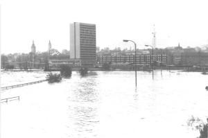 Povodeň 1974, Hotel LUX